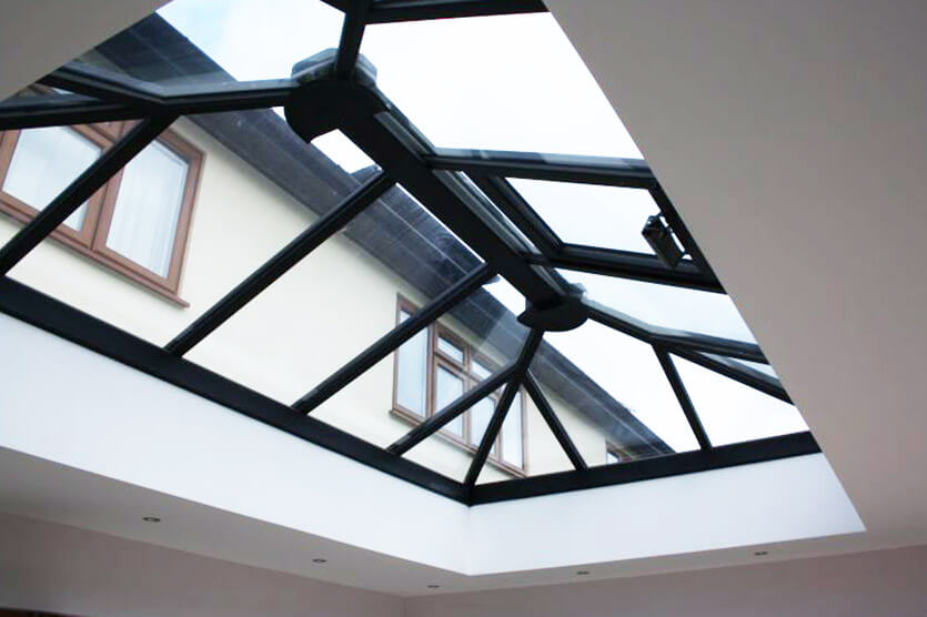 Traditional roof lantern